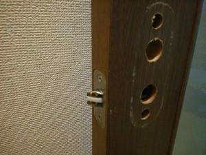 室内錠故障で鍵レバーハンドル交換