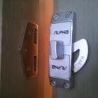 ALPHA引戸鍵修理