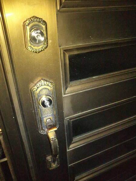 戸建住宅玄関鍵交換2カ所