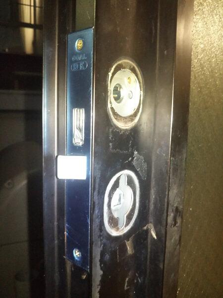 戸建玄関錠前交換